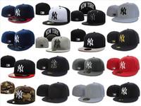 ingrosso cappelli da baseball-20 colori NY Classic Team Blu Navy Colore sul campo Baseball Cappelli aderenti Moda Hip Hop Sport ny Cappucci con disegno completamente chiuso Cappello popolare economico