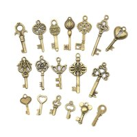 Wholesale craft pendants vintage resale online - 18pcs sets Antique Vintage old look Bronze Ornate Skeleton Keys Necklace Pendant Fancy Heart Decor DIY Craft Gifts