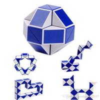 образовательный английский планшет оптовых-Мини Magic Cube новый горячий змея форма игрушки игры 3D куб твист головоломка игрушка в подарок случайный интеллект обучающие игрушки Supertop подарки M0605