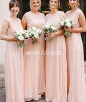 rosa chiffon drapiert großhandel-2018 Elegante Rosa Brautjungfer Kleider Jewel Bodenlangen Chiffon Drapiert Land Garten Strand Böhmischen Hochzeitsgast Kleider Brautjungfer