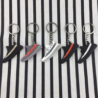 Wholesale cars boost - 350 Boost V2 keychains Key Chains Sneaker sply-350 Keychain fashion Key Ring keyring pendant Men Woman boys kids Christmas gift wholesale