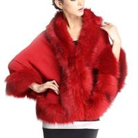 pelzmütze ponchos großhandel-Neueste Herbst Winter sexy Faux Pelzmantel Frauen Ponchos Capes Fur Top Hochzeitskleid Schal Shaggy Flauschigen Mantel