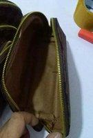 matériaux sac cosmétique achat en gros de-Hot-Selling Fashion Set De 4 Combinaison PU Matériel Cosmétique D'embrayage Sac Voyage Commode Sac Lady Sac À Main Cosmétique Sac En Gros