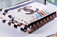 moda vison venda por atacado-Cashmere ins manta de Luxo original marca de moda inverno Engrossar Cobertor Início de Viagem sofá presentes de Natal mink Fluff Cobertores Aeronaves Quente