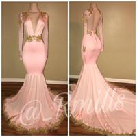 ouro rosa vestidos de noite venda por atacado-2018 Modest Sexy Aberto de Volta Rosa Vestidos de Baile Sereia Decote Em V Profundo Mangas Longas Apliques de Ouro Trem de Varredão Vestidos de Noite BA7606
