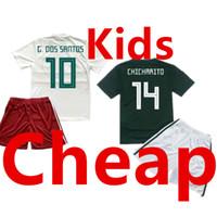 camiseta de fútbol juvenil verde al por mayor-México Kids Soccer Jersey establece la Copa Mundial 2018 Children Away White Football Uniform Kit Niños Home Green Camisetas Niños Camisas Youth Shirt