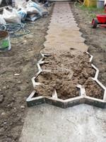 ingrosso stampi di pietra-Stampo per pavimentazione in pietra fai da te per creare percorsi per il tuo giardino Stampi per giardino in cemento