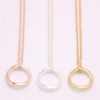 figura geométrica venda por atacado-Figura geométrica simples círculo pingente de colar colar de pingente de círculo de distorção projetado para mulheres varejo e atacado mix