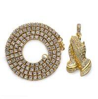 goldene handhalskette großhandel-Hip Hop Schmuck Geschenke Golden Bling 1Row Strass Stein Jesus Halsketten Anhänger Frauen Männer Beten Buddha Hände Ketten