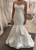 vestidos de designer moderno venda por atacado-Designer moderno de cetim sereia vestidos de noiva querida rullfes hierárquico saia tribunal treinar vestidos de casamento com botões cobertos de volta