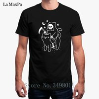 ropa de gato negro al por mayor-Funny Death Rides A Black Cat camiseta para hombre Slim O-Neck Tee Shirt Clothes S-3xl camiseta Short Sleeves Tops Casuals
