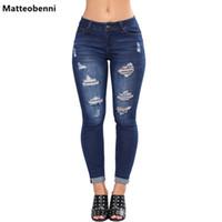 mediados de cintura rotos jeans mujeres al por mayor-Bleach Wash Shredded Ripped Pencil Skinny Jeans Mujeres Blue Mid-Skin Skinny Long Pants 2018 Rock Button Fly Elastic Denim Jeans