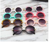 óculos acessórios para crianças venda por atacado-Óculos de sol para crianças redondos óculos de sol do vintage meninos meninas designer de moda crianças verão praia sunblock acessórios