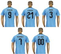 equipo barato camiseta de fútbol al por mayor-Nuevo Uruguay Mens   22  Martin Caceres 7277d72fe7d01
