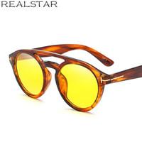 gelbe linse sonnenbrille großhandel-REALSTAR Tom Fashion Sonnenbrille Frauen Markendesigner Retro Sonnenbrille Männer 2018 Gelb Objektiv Vintage Brillen Oculos Shades S244