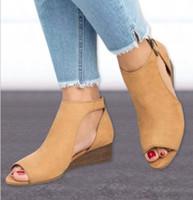 sandalias de gladiador de tacón medio al por mayor-2018 mujer cuña hebillas de pescado sandalias de boca gladiador sandalias de mujer sandalias de tacón medio para mujer verano peep toe zapatos de mujer W563