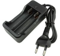 aaa bateria de 1.5v venda por atacado-Venda quente 2 Slots AC 110 V 220 V Dual Para 18650 Carregador de Carregamento 3.7 V Recarregável Li-Ion Carregador de Bateria EUA / UE / REINO UNIDO / AU Plug LLFA