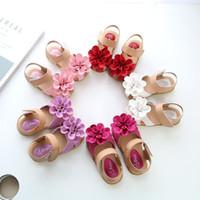 Wholesale new children shoes online - 2018 New Girls Soft Sole Korean Style Flower Princess Sandals Cute Fashion Kids Shoes Summer Beach Children Shoes Toddler Shoes M102