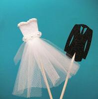 ingrosso valentines vestire bianco-Romantic Bride Tuxedo Groom Dress Wedding Cake Topper Anniversario San Valentino Fidanzamento Cake Decor forniture nero bianco