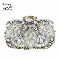 Wholesale Silver Beaded Purse - Wholesale- Silver Crystal Beaded Sequins Vintage Women Handbag Metal Clutches Evening Bags Bridal Purse Wedding Party Prom Clutch Hand Bag