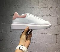 Wholesale ladies platform shoes elastic band - Fashion Low Top White sneakers Lovers Mens Womens Fashion White Leather Platform Shoes Flat Casual Shoes Lady Black Pink Gold Women White