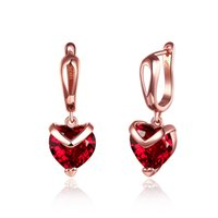 boda vintage rosa roja al por mayor-Moda en forma de corazón de diamantes rojos Stud Pendientes de las mujeres Vintage Rose Gold Wedding Party Earrings Jewelrybrinco feminino Regalos