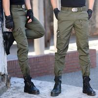 taschen mens kampfhosen großhandel-Tactical Baumwolle Cargo Pants Männer Military Special Force Camouflage Kampf Hosen Mens SWAT Hosen Viele Taschen City Casual Hosen