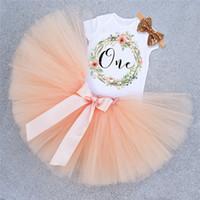 pettiskirt elbiseler yılbaşı toptan satış-Tutu Bebek Doğum Günü Kıyafetleri Kısa Kollu Romper Pettiskirt Kızlar 3 Adet Giyim Setleri Noel Yeni Yıl Prenses Elbise Kostüm