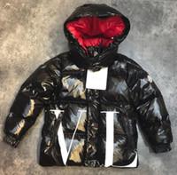 meninos jaquetas mais quentes venda por atacado-Outono e inverno novo menino destacável com capuz zíper de manga comprida carta de impressão quente casuais jaqueta