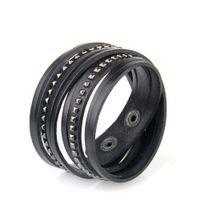 manschetten-armbänder großhandel-Unisex Multistrand PU-Leder-Manschette Armband mit Pyramiden-Ohrstecker Wrap Leather Studded Armband