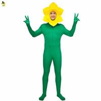 traje amarillo de juego de rol al por mayor-Nuevo disfraz de girasol Hombres adultos Vestido de lujo con traje de flor amarillo y verde Mono Juego de rol divertido para la mascota del carnaval