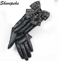 guantes de remache de cuero al por mayor-Nueva Moda Rivet Design Faux Long Guantes de cuero de mujer Otoño Invierno Warm Outdoors Bow Mittens Full-finger Women PU Gloves