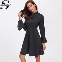 x201712 Sheinside Tie Neck Bell polsino a pois A Line Dress 2017 Black Stand collare Flare Sleeve a vita alta Elegant Work Winter Dress