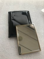 HOT sale with logo Y hand mirror with gift case gold color makeup mini mirror Portable classic style (Anita Liao)