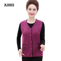 Wholesale Age Breast - XJXKS Middle Aged Women Sleeveless Cardigan Vests Coletes Feminino Autumn And Winter Plus Size Single Breasted Woman Vest