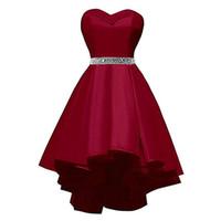 ingrosso burgundy dresses graduation-Sexy Sweetheart Beadeds Brevi Abiti Homecoming Borgogna Satin Abiti da ballo Prom Abiti corti Abiti da cocktail Abiti da sera