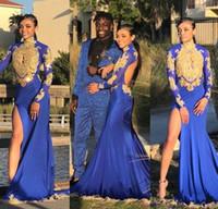 vestido dourado venda por atacado-Laço de ouro Appliqued Alto Pescoço Mangas Compridas Azul Royal Sereia Vestidos de Baile 2018 Mergulhando Keyhole Alta Divisão Vestidos de Noite