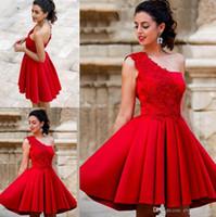 un hombro de encaje rojo al por mayor-Elegante encaje rojo una línea vestidos de fiesta un hombro con cordones cortos vestidos de fiesta de longitud mini vestidos cortos de cóctel de graduación