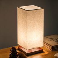 tuch tischlampen großhandel-Moderne holz basis led tischlampe tuch lampenschirm stoff tischlampe lampe für wohnzimmer schlafzimmer e27 nachttischlampe schreibtischlampe