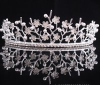 Wholesale girls pageant crowning dresses - The Actual Shooting Crystal Bridal Crowns Lady Girl Tiara Crown Jewelry Women Pageant Rhinestone Sparkling Dresses Accessories Supplie