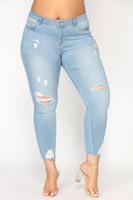 jeans effiloché pour les femmes achat en gros de-Mi taille Ripped Jeans Denim pour les femmes Taille Plus Distressed genou Cut effiloché ourlet Skinny Pantalon extensible Crayon