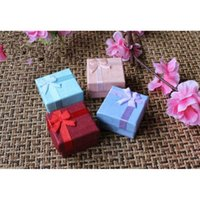 Wholesale small jewelry boxes wholesale - Assorted Jewelry Gifts Boxes for Jewelry Display 4*4*3cm Assorted Colors Ring Box Small Gift Boxes 013