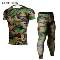 grüne leggings für männer großhandel-2018 Crossfit Sets Kompression Shirt Männer Armee Grün Camo 3D T-Shirt MMA Rashguard Bodybuilding Leggings Fitness T-Shirts Jogger