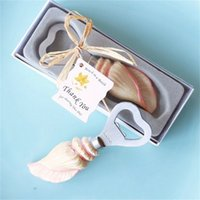 Wholesale sea shell fashion - Sea Shell Shaped Bottle Opener Creative Beach Wedding Bride Party Favor Souvenirs Fashion Gift With Box Package 5 5hk YY