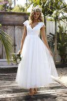 Wholesale ankle designer wedding dresses online - 2018 Elegant Country Style Wedding Dresses Ankle Length Tulle A line V neck Short Sleeves Cheap Wedding Gowns Keyhole Back Designer