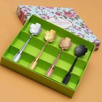 cucharas de lujo al por mayor-4pcs Juego de cucharas de té de acero inoxidable Colores surtidos Sakura Flower Coffee Spoons Mini Ice Cream Spoon Tea Accessories Fancy Gift
