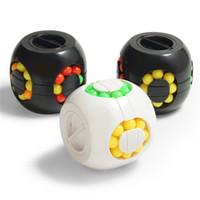 Wholesale plastic animal banks - Children Intelligence Saving Box Originality Hamburg Shaped Magic Cube Fidget Spinner Classic Piggy Bank Decompression Toy 3 3ts W
