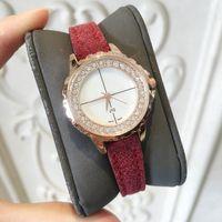 weibliche geschäftskleider großhandel-2018 SPITZEN ultra dünne Frauen-Quarz-Uhr-dünne beiläufige Armbanduhr-Geschäft Echte Dame Uhr weibliche Uhren Hombre Diamant-Luxuskleiduhr