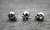 ingrosso fascino morto giorno-15pcs / lot - Perline con teschio, antico pendente tibetano con pendente a forma di testa d'argento tibetano, Day of the Dead 15x9X8mm