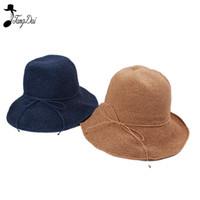 damen gold strohhut großhandel-Raffia Straw Bucket Hat Frauen 2018 Sommer Sun Hüte für Damen Packable Hüte häkeln Hut